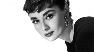 audrey-hepburn-a-life-in-full-circle
